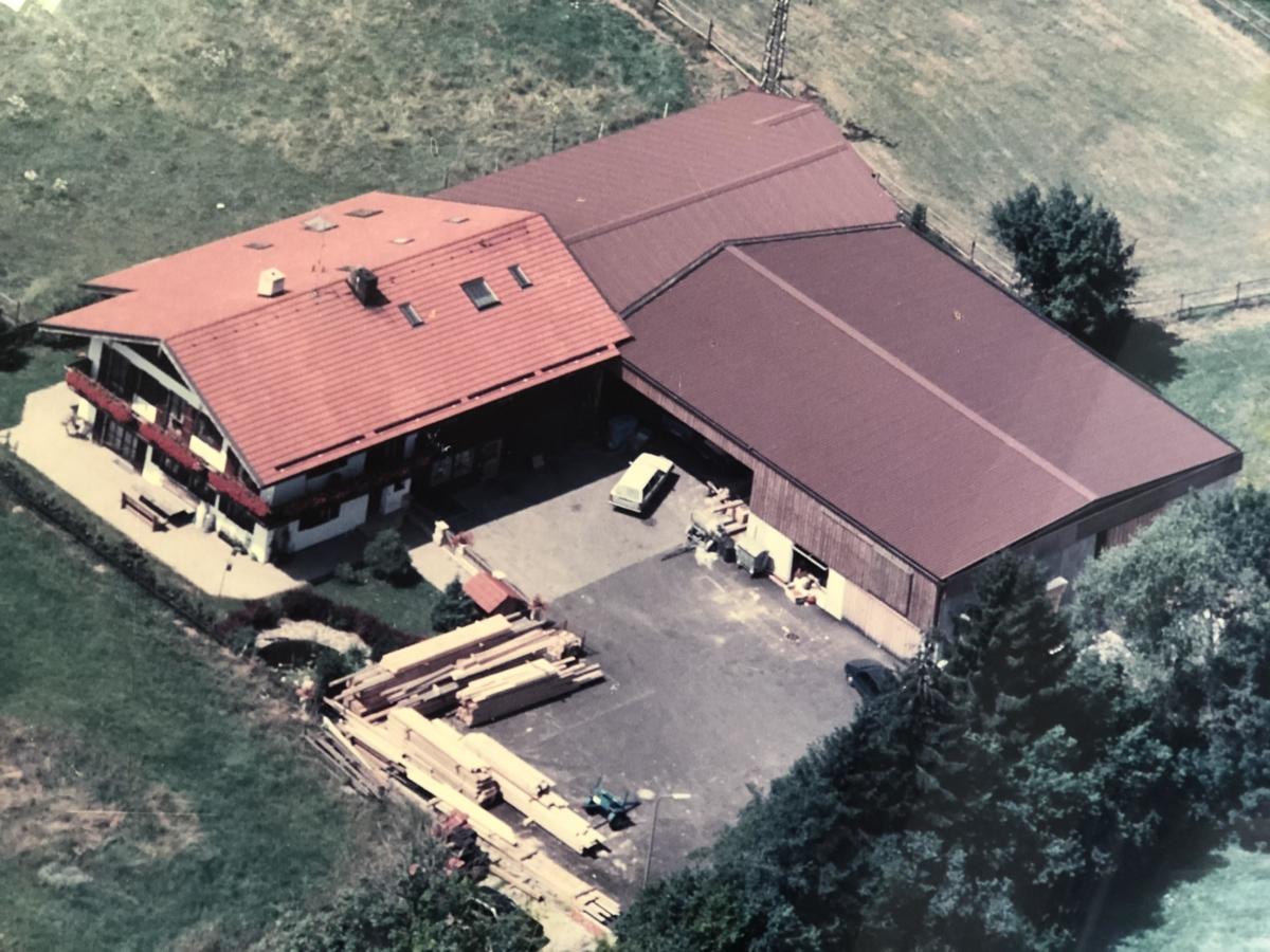 1984-1992_Anbau der Werkstatt an das bestehdende Wohnhaus und die Halle
